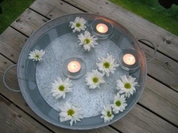 Decorando con velas y flores