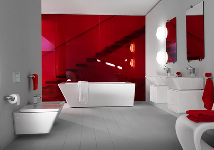 baño en color rojo