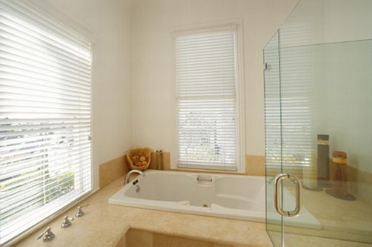 interior_casa_baño1