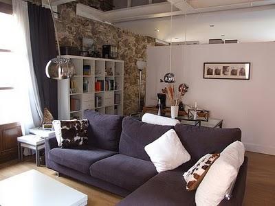un apartamento con estilo moderno r stico