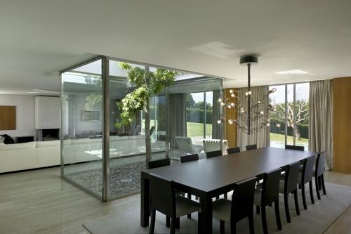 Un piso con mucha luz for Como decorar el patio de tu casa