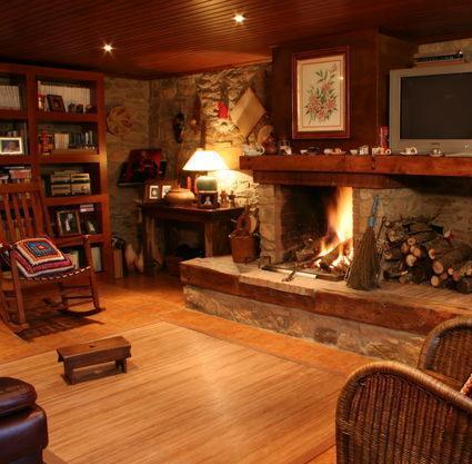 Muebles r sticos en casa - Fotos de salones rusticos ...