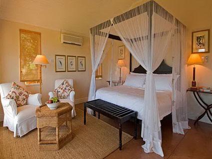 Cortinas canopy para tu cama - DecoActual.com