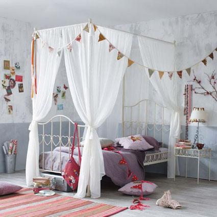 Cortinas canopy para tu cama for Camas con cortinas