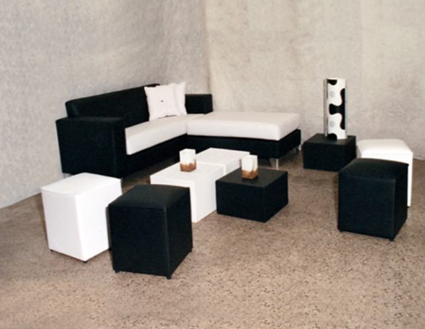 este juego de muebles en color blanco y negro