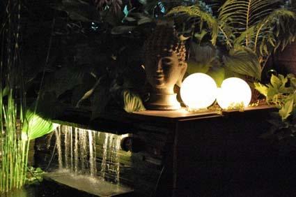 Ilumina tu jard n - Iluminacion jardines pequenos ...