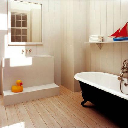 Ba os con mucha madera - Lambris hydrofuge salle de bain ...