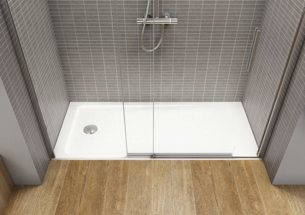 Plato de ducha con mampara corredera