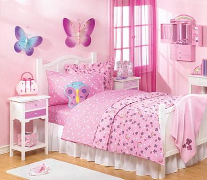 Color rosa en la habitación