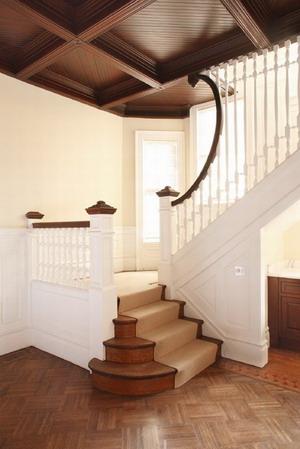 interior_casa_escaleras