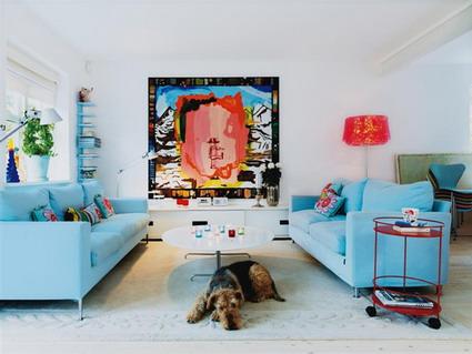 Una casa con estilo y color