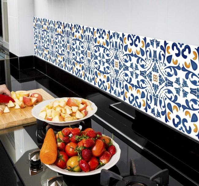Azulejos adhesivos para renovar la cocina